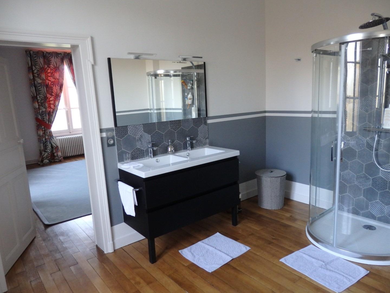 Peinture salle de bain Angers